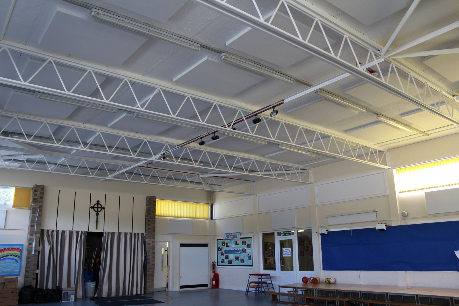 Sonata Aurio Class A Acoustic Panels within the hall at Morpeth All Saints