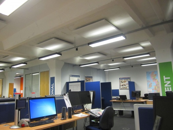 Sonata Vario and Aurio panels in Ford Online call centre
